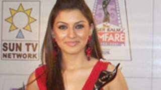 Hansika makes a sensation down South  wins the Best Debutant Award!