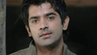 'I'm not that of a gizmo freak' - Barun Sobti