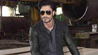 Won't like to dethrone anyone as action hero: Vidyut Jammwal