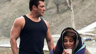 What are Jacqueline Fernandez and Salman Doing in Kashmir together?