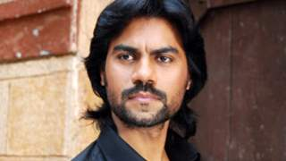 Feels I've started from scratch as actor for play 'Devdas': Gaurav Chopra