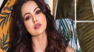 Bigg Boss Fame Sana Khan CONFIRMS Relationship With This Person