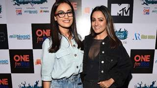 Surbhi Jyoti & Anita Hassanandani take their 'on-screen habits' onto BCL's pitch!