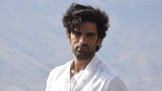 Mohit Malik Takes an Hour to Slip in His New Look in Kullfi Kumarr Bajewala!