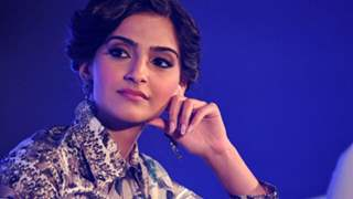 Sonam Kapoor voices against an entertainment portal for credit parity; Twitteratis support her