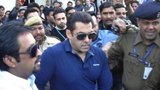 Court acquits Salman Khan of submitting fake affidavit in black buck poaching case