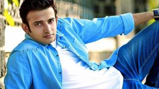Romit Raj Injured on Sets of Star Plus' Kullfi Kumarr Bajewala!