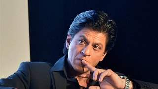 Shah Rukh Khan retreats himself from signing any new films! The actor explains why