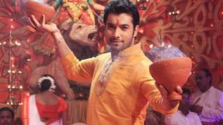 Ssharad Malhotra to perfrom traditional Bengali dance form Dhanuchi in Muskaan!