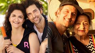 Pinky Roshan and her mother got emotional watching son Hrithik in Super 30!