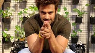 Pearl V Puri Celebrated His B'day in a Special Way!