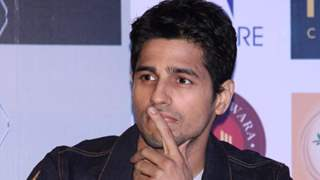 What? Sidharth Malhotra failed in the 9th standard? All thanks to Girls!