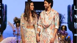 Farhan Akhtar's expression of love for Shibani on LFW ramp is all things love