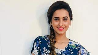 Bigg Boss Marathi 2: Shivani talks about her experience of visiting late Lakshmikant Berde.