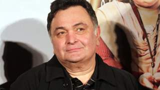 Rishi Kapoor geared up to sign multiple projects!