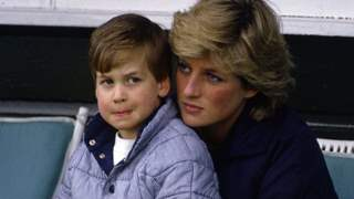 Prince William suffered Bullying in school for Mom Diana's Bikini pictures!