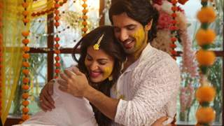From Real To Reel, Aditya & Anushka's Chemistry in Fittrat is The Talk of The Town