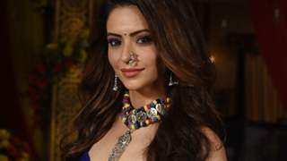 Aamna Sharif Plans to Spend 1 Lakh on This Special Attire From Gujarat