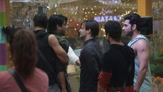 BB 13:  Shehnaz's Meltdown & Essential Buzz You Should Know!