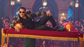 Salman Khan turns Item Boy for Munna Badnaam! Shares the first teaser...