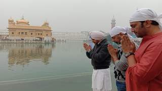 Jimmy Sheirgill, Sharad Kelkar & Sushant Singh Seek Blessings at Golden Temple Ahead of Rangbaaz Phirse's Release!