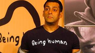 Salman Khan Bears Expenses of Cine Workers, But What He Did Next will Win your Heart! Details below
