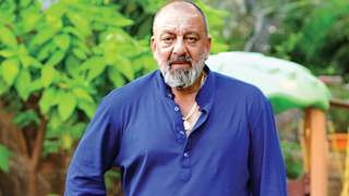 Sanjay Dutt pleads the Nation to stay at home to fight the pandemic!