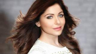 Kanika Kapoor Tests Negative For Coronavirus; One More Test Before Getting Discharged