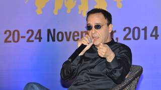 My father slapped me when I told him that I wanted to make movies: Vidhu Vinod Chopra