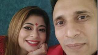 Actor Malini Kapoor & Husband Attends Sister's Wedding Virtually Amid Lockdown