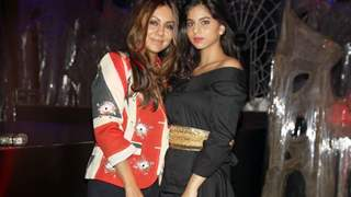 Suhana Khan has the Cutest Complain for her 'Ma' and Gauri Khan has the Sweetest Reply to her!