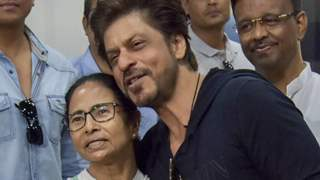 "Shahrukh Khan says ""Kolkata is An Emotion"" Gauri Khan Tweets Support to Victims of Cyclone Amphan ""The News is Gut Wrenching"""