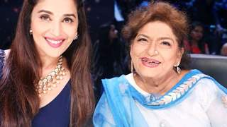 Madhuri Dixit To Pay a Tribute to Late Saroj Khan in Star Plus' Ganeshostav Special