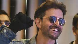 Hrithik Roshan Deposits Money into Accounts of 100 Bollywood Dancers