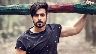 Sunny Singh shares his Workout Routine: Pull Ups, Handstands, Dand Baithak & More