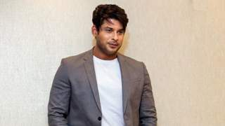 Sidharth Shukla urges fans to not fight, Says ''Please stop squabbling among yourselves''