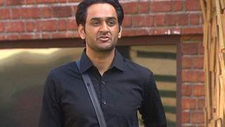 Vikas Gupta demands apology from Parth and Priyank, Reveals the truth about Vikas Khoker