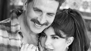 """Jacqueline - Akshay become inseparable: Source reveals, """"Jacqueline is really pumped to get on sets with Akshay..."""""""
