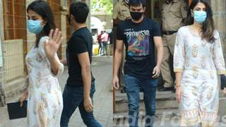 Rhea Chakraborty looks fearless as walks at the NCB office with brother Showik: Photos