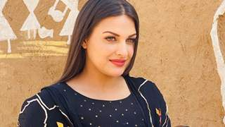 Himanshi Khurana asking her upcoming film to be considered her debut