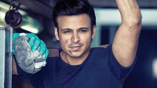 """""""I rented a kholi and lived in a slum for 3 weeks"""": Vivek Oberoi on his 19 years in Bollywood"""