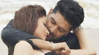 Urvashi Rautela- Guru Randhawa are on fire: BTS video shows the actress applying make-up on the singer