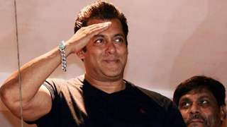 Salman Khan helps 18-year-old boy after his father passed away due to COVID-19