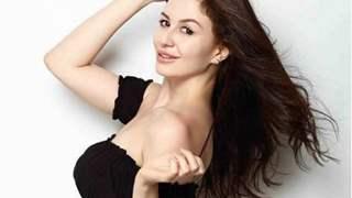 Giorgia Andriani's nick name is similar to Kareena and Karisma Kapoor's; Any guesses?