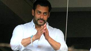 """Salman Khan apologises to theatre owners; says """"Box office collection of Radhe will be zero"""""""