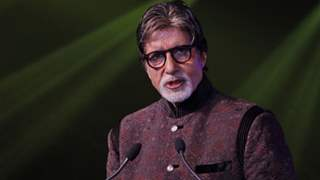 Amitabh Bachchan considers stopping his daily blog; expresses concern over decreasing comments