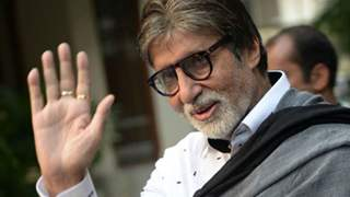Amitabh Bachchan buys 50 oxygen concentrators from Poland 'in our hour of need'; distributes ventilators to the BMC