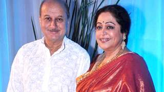 """""""Kirron's health is improving"""": Anupam Kher on wife's cancer treatment; reveals """"It's a tough treatment""""!"""