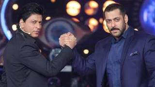 Salman Khan to rescue Shah Rukh from gun mafia in Pathan; Dashing helicopter entry planned