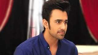 Pearl V Puri arrested for alleged rape charges; Anita Haasanandani comes out in his support